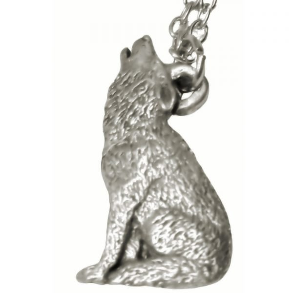 Howling wolf necklace 648