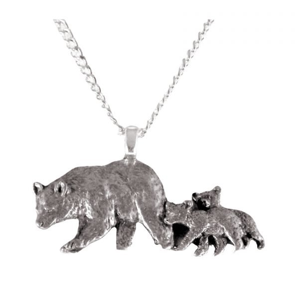Mama bear and cubs necklace 1134