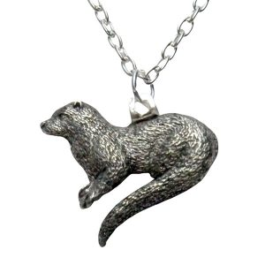 River otter necklace 726
