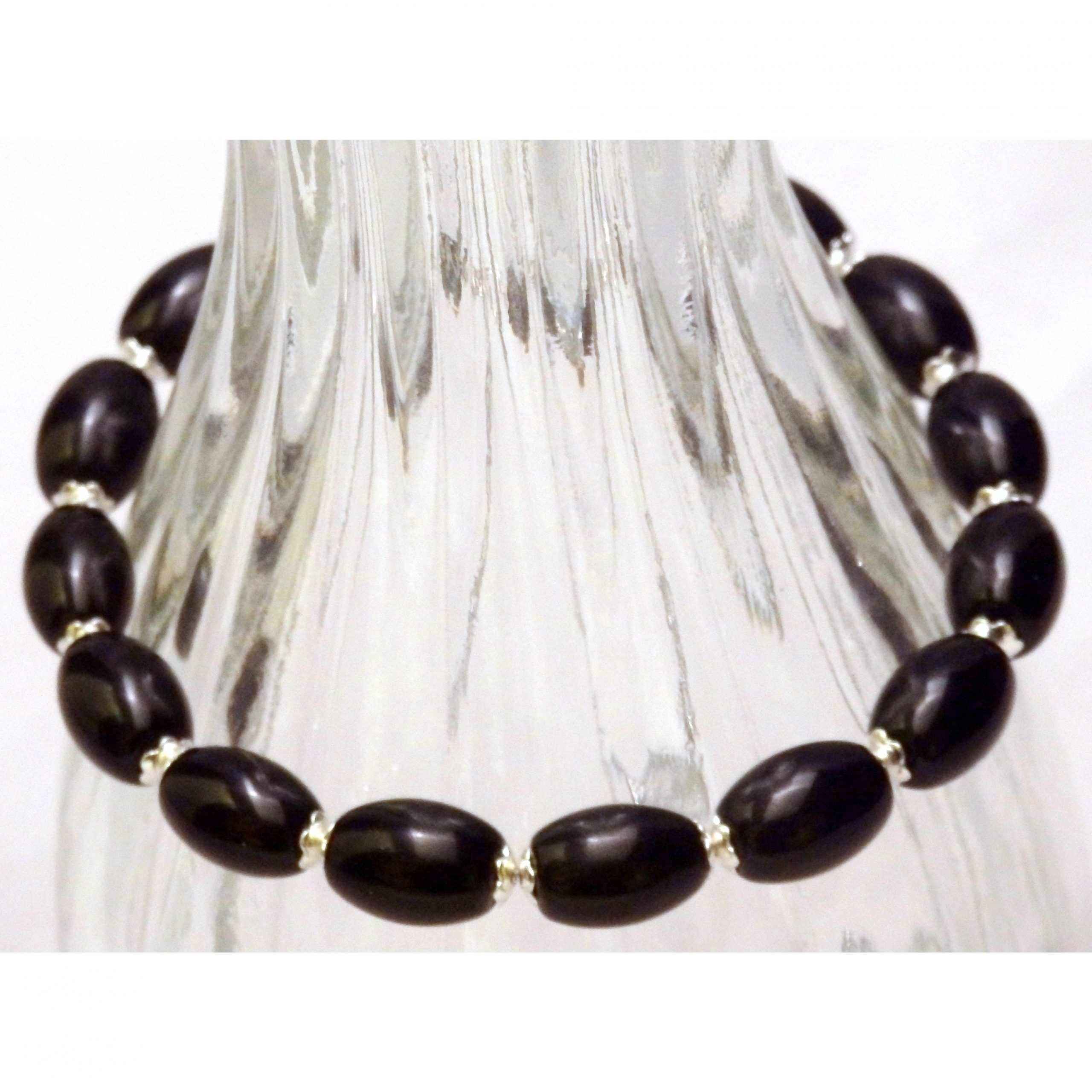 Oval Black Glass Beaded Bracelet 997