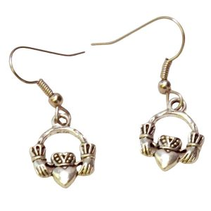 Claddagh earrings 708