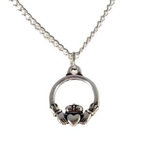 Small claddagh necklace 1553