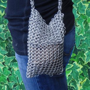 Small chainmail purse 1447. Lauren f modeling small chainmail purse 1447
